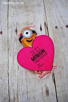 Adorable Minion Twinkie Valentine at thebensonstreet.com with Free Printable