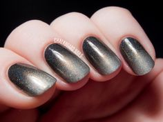 Smoky Holographic Gradient with I Love Nail Polish | Chalkboard Nails | Nail Art Blog #nails #nailart #polish #manicure #nailpolish #grey #black #holographic Pinned by www.SimpleNailArtTips.com