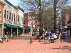 The 50 Best College Towns In America.   What was considered: Livability, Student-to-resident ratio, Cultural Offerings, School Presence, Large Employers