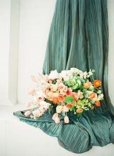 Best Wedding Blog - Wedding Fashion & Inspiration   Grey Likes Weddings -