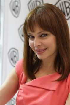 Melinda Clarke (Amanda) at the final NIKITA signing in the Warner Bros. booth #CWSDCC #WBSDCC (©2013 WBEI. All Rights Reserved.)