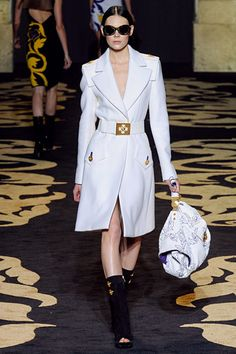 notched collar, versace, fall 2011