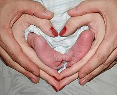 Love this picture family pictures, family pics, newborn pictures, baby feet, family photos, newborn photos, newborn pics, baby pictures, baby photos