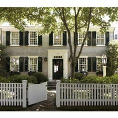 Traditional Exterior colonial Design Ideas, Pictures, Remodel and Decor