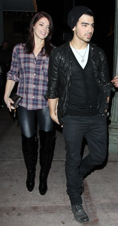 Joe Jonas and Ashley Greenes dinner date