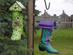 What's Your Favourite Type Of Birdhouse? Handpainted western boots turned into nesting boxes!