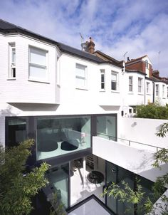 Mews 02 is a single residence  in Belsize Park; the owners wanted the existing mechanic's garage to be converted into a four level family home