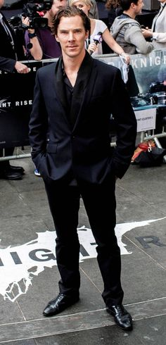 """""""I approve of this dark knight rises suit. That is all."""" - Dapperbatch is dapper.  Isn't he always? ;)"""