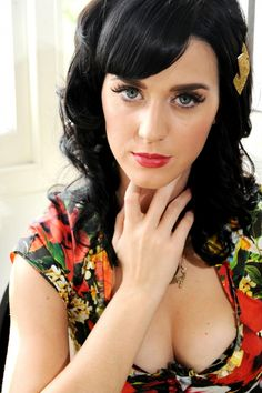 Katie is sooo pretty!