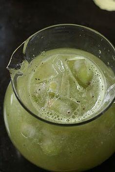 Beetle Juice (Lemonade mixed with pureed kiwi)