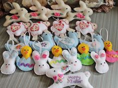 Ridiculously cute hand-made felt Easter tree ornaments.