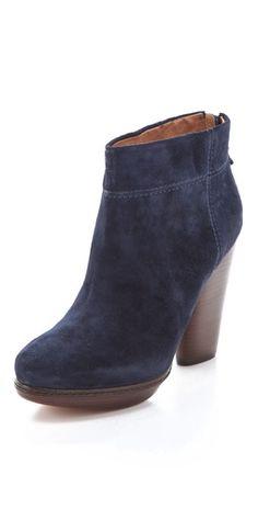 Modern Vintage Shoes - navy Chunky Heel Booties