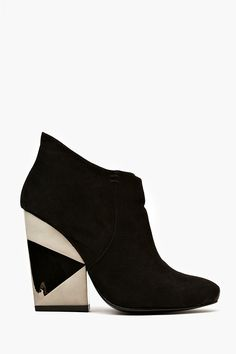 Kemp Ankle Boot in Shoes Sale at Nasty Gal