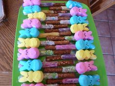 chocolate covered pretzels with bunny peeps