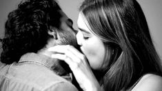FIRST KISS - Tatia Pllieva - artist asked strangers to kiss for the first time