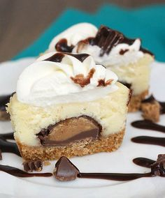 Mini Peanut Butter Cup Cheesecake