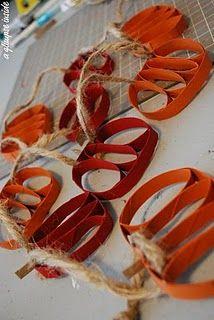 Pumpkin garland made from toilet paper rolls. toilet paper rolls, fall garland, paper towel rolls, pumpkin garland, paper pumpkin, garland tutori, fall pumpkins, apple crafts, autumn decorations