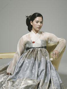 Hanbok, Korean traditional dress by Baek Oak-Soo