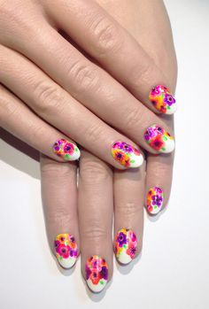 Start getting color & floral crazy for spring/summer! This nail art will put everyone in a good mood.