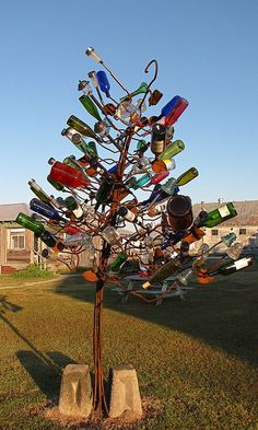 Shack Up Inn bottle tree