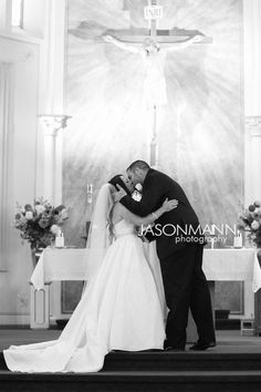 The kiss! ~ Summer Door County Real Wedding. Photo by Jason Mann Photography | 920-246-8106 | www.Jmannphoto.com