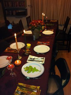 How to Host Thanksgiving Dinner with Ease