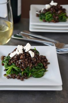 Lentils with spinach and goat cheese http://www.justataste.com/2012/01/lentils-with-spinach-and-goat-cheese/