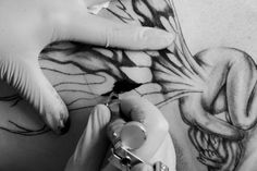 Amazing Breast Cancer Survivor Gets Inspiring & Beautiful Tattoo | Love!