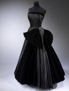 "Christian Dior, ""Cygne Noir"" (Black Swan), Evening Dress of Silk Satin, Silk, Net, & Velvet. Paris, 1949-50."