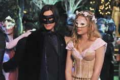 caleb and hanna in costume
