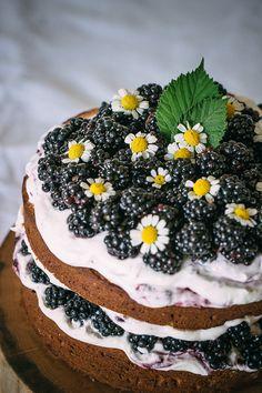 Rustic Hazelnut Blackberry Cake with Mascarpone Cream