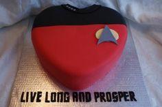 geek, cake wrecks, valentine cake, valentine day, trek cake