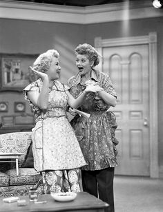 Lucy and Ethel on set.
