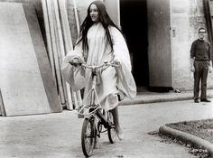 bike, hollywood rides a bike,