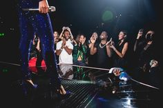 So Kevin Hart was in the audience of the Mrs. Carter Show World Tour in Los Angeles… | Beyoncé Turns Kevin Hart Into A Screaming, Uncontrollable Fangirl