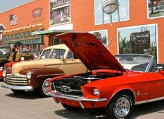Enjoy #Route66 with classic #cars, live entertainment, vendors and much more at the Bethany 66 Festival in #Oklahoma.