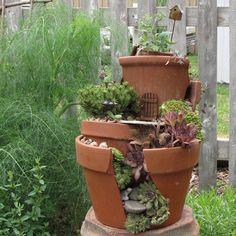 broken-pot-fairy-garden-13