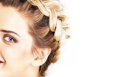 9 Best Braiding Video Tutorials- They are not kidding!! I finally know how to French braid!!