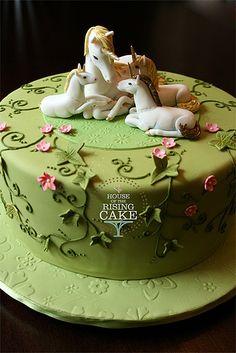 unicorns cake