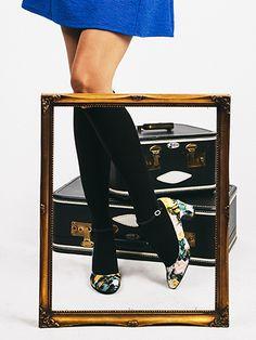 """""""Make a Scene"""" - Seychelles Footwear"""