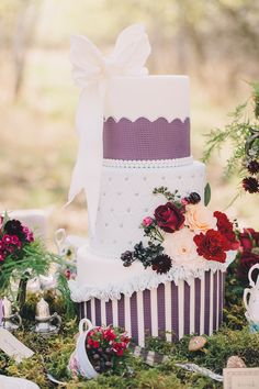 Mad Hatter's Tea Party Wedding Inspiration | Modern Pixel Photography | Amanda Douglas Events | Bridal Musings Wedding Blog