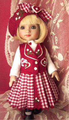 HEARTS ANYONE? mari engelbreit, doll cloth, doll ann, ag valentin, ann estell, otra muñeca