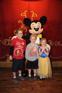 "@Cindy Birrell is ""thankful for the magic of Mickey!!!"" #UndercoverTouristPinterestGiveaway"