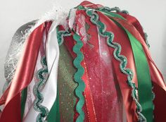 I am all in the Christmas mood right now and loving these Christmas hair falls made of ribbons and trims. DELISH!