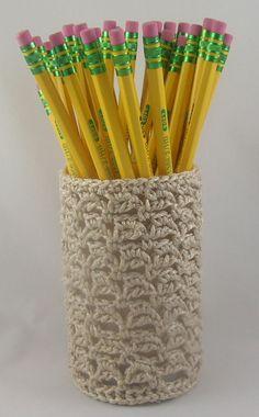 Linked Bumps Pencil Cup