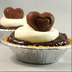 Easy mini chocolate pie