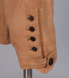 Detail. GENT'S EVERYDAY WOOL COAT and BREECHES, 1800-1820.