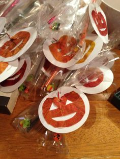 Halloween treat bags- tags made with leaves. Just made these! treat bag, tag, halloween treats