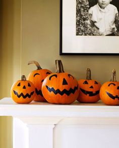 happy pumpkins! cute sharpie idea