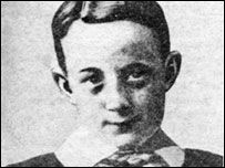 Murdered child Edwin 'Teddy' Haskell: Salisbury, October 31st 1908. This date heralded Salisbury's most infamous murder case, still unsolved to this day.A young boy lay dead, his mother arrested for the murder and Scotland Yard brought in to help investigate. Enter Chief Inspector Dew who had hunted Jack the Ripper and arrested the notorious Dr. Crippen and gained worldwide fame.Twelve-year-old Edwin 'Teddy' Haskell was a popular boy in Fisherton, the suburb of Salisbury, Wiltshire, where he ...